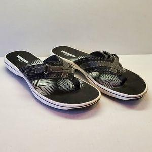 Clarks Black & White Flip Flop Sandals